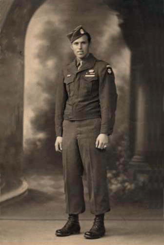 Private Robert Eugene Hollenbeck